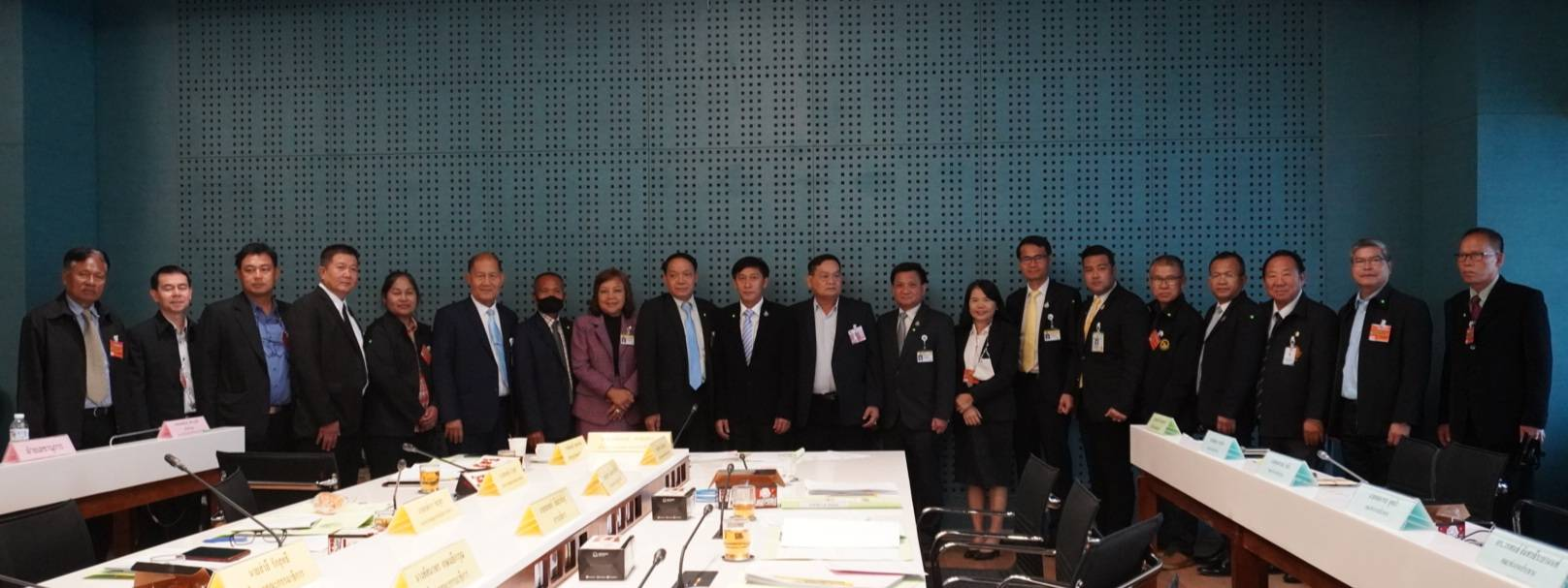 ผู้บริหาร กฟก.ประชุมร่วมคณะกรรมาธิการแก้ไขปัญหาหนี้สินแห่งชาติ ณ รัฐสภา